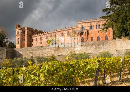 Brolio castle, Gaiole in Chianti, Siena province, Tuscany, Italy. - Stock Image