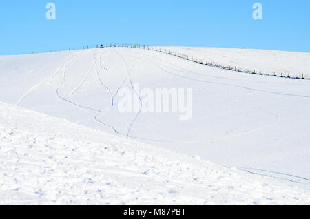 Snow covering Bredon Hill in Worcestershire, United Kingdom - Stock Image