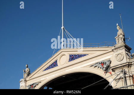 Smithfield Market building roof detail and blue sky in Long Lane, City of London England UK  KATHY DEWITT - Stock Image