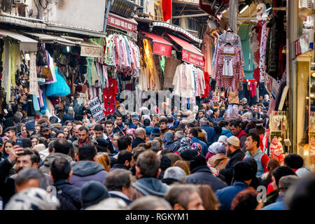Crowded shopping street in the Fatih district of Istanbul, Turkey - Stock Image