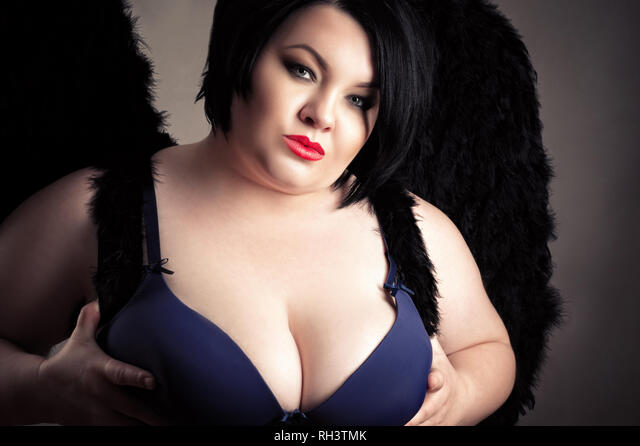 Ebony women boobs