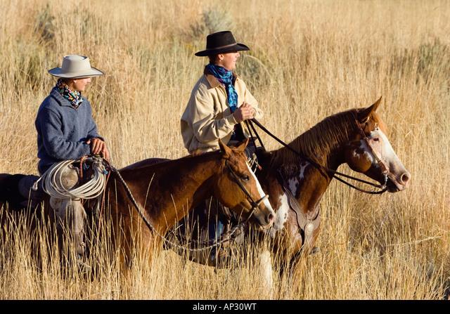 western Horse Kissenbezug 2 Cowboys in Desert Farbfest