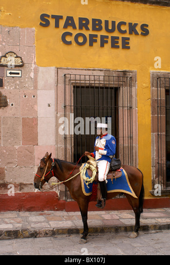 spanish-policeman-in-traditiona-costume-