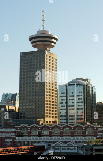 harbour-centre-building-and-lookout-with
