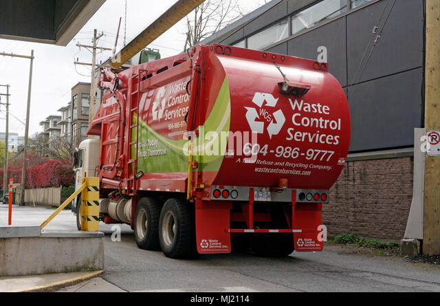 waste-control-recycling-services-truck-i