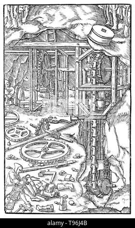 Holzschnitt aus De Re Metallica. Maschine zum Zeichnen von Wasser. Georgius Agricola (März 24, 1494 - November 21, 1555) war ein deutscher Gelehrter und Wissenschaftler,'' bekannt, der Vater der Mineralogie''. 1556 veröffentlichte er sein Buch De Re Metallica, eine Abhandlung über Bergbau und Metallgewinnung, mit Holzschnitten illustriert Prozesse Erze aus dem Boden und Metall aus dem Erz zu extrahieren, und die vielen Verwendungen von Wassermühlen im Bergbau. Stockbild