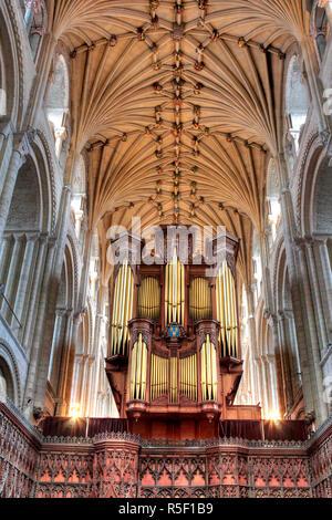 Kathedrale der Heiligen und ungeteilten Dreifaltigkeit, Norwich, Norfolk, Ostengland, UK Stockbild