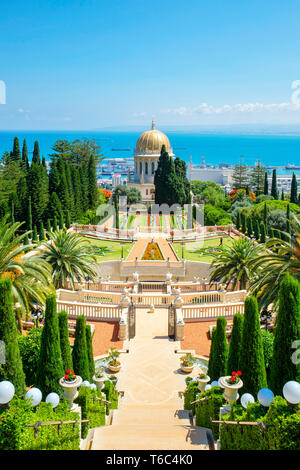Israel, Haifa District, Haifa. Der Schrein des Bab auf die Baha'i Gärten. Stockbild