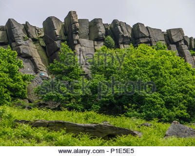 Felsformationen Burbage Kante Derbyshire Peak District Stockbild