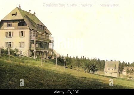 Gebäude im Landkreis Sächsische Schweiz-Osterzgebirge, Bärenburg, 1911, Sächsische Schweiz-Osterzgebirge, Oberbärenburg, Hermannshöhe, Deutschland Stockbild