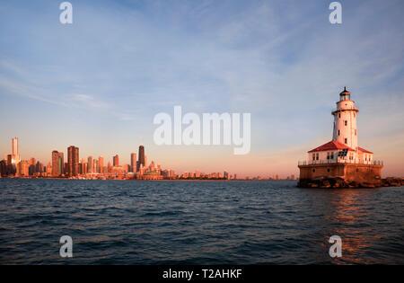 Morgen durch Chicago Leuchtturm Stockbild