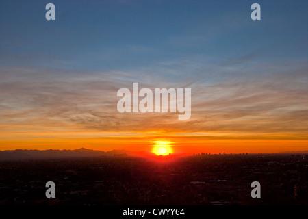 Sonnenuntergang über Phoenix Arizona Stockbild