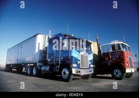 Kenworth Kabine über vintage American Trucks 1977 Stockbild