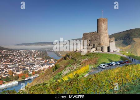 Ruinen der Burg Landshut, Mosel, Bernkastel-Kues, Rheinland-Pfalz, Deutschland, Europa Stockbild