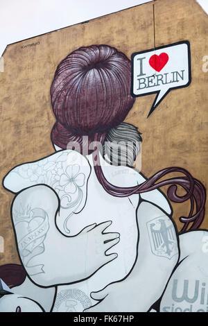 Graffiti auf eine Mauer, Friedrichshain, Berlin, Deutschland, Europa Stockbild