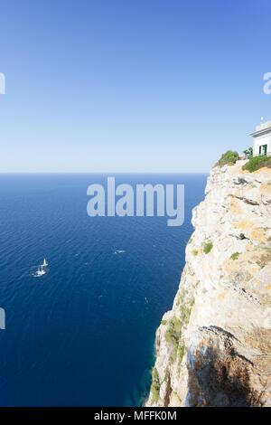 Cap de Formentor, Mallorca, Balearen, Spanien - schöne Aussicht auf das Meer vom Leuchtturm von Formentor Stockbild