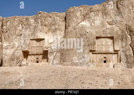 Die Gräber der Achämenidischen Könige an der historischen Nekropole Naqsh-e Rostam, Persepolis, Iran, Naher Osten Stockbild