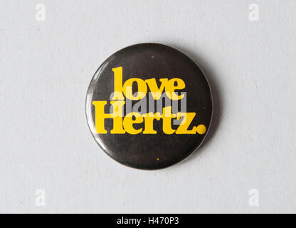 """Hertz Mietwagen, bei Mietwagen 1980er Jahren oder der 1970er Jahre """"Love Hertz"""" HOMER SYKES Abzeichen Stockbild"""