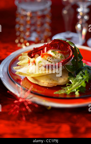 Parmesan-Tarte mit Jakobsmuschel Stockbild