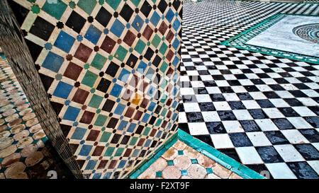 Fliesenboden Detail, Medersa Attarine, Fes, Marokko Stockbild
