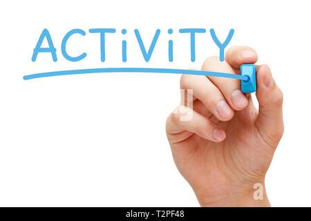 Hand schreiben das Wort Aktivität mit blauen Markierung auf Transparenten abwischen Board auf weißem Hintergrund. Stockbild