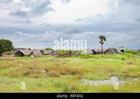 Fischerdorf an Talawila, Sri Lanka, Asien Stockbild