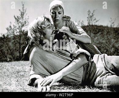 ADAM'S FRAU 1970 Warner Bros Film mit Jane Merrow und Beau Bridges Stockbild
