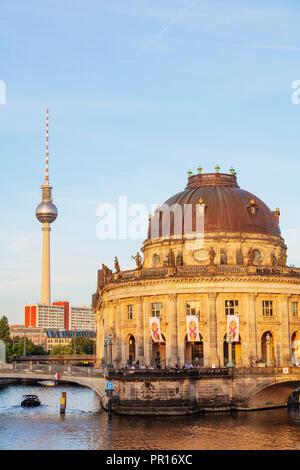 Bode Museum im barocken Stil von Ernst von Ihne 1904, Spree, Museumsinsel, UNESCO-Weltkulturerbe, Berlin, Brandenburg, Deutschland, Europa Stockbild