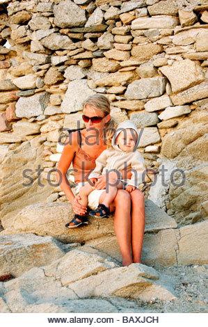 TOURISTEN IN MYKONOS GRIECHENLAND Stockbild