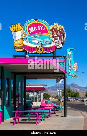 Herr D'z Diner, Route 66, Kingman, Arizona, Vereinigte Staaten von Amerika, Nordamerika Stockbild
