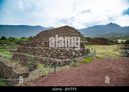 Die Pyramiden von Güimar, terrassenförmig angelegten Strukturen aus Lavastein ohne Verwendung von Mörtel Stockbild