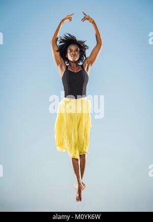 Schwarze Frau Ballett tanzen Stockbild
