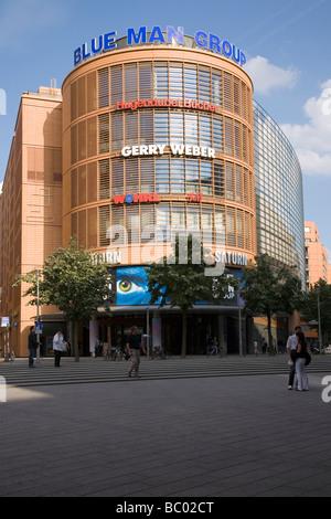 Bluemax Theater, Blue Man Group, Berlin, Deutschland Stockbild