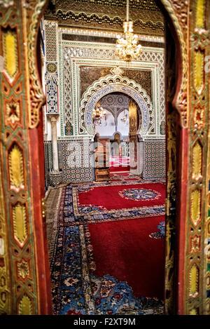 Innere des Mausoleums Moulay Hassan II, Fes, Marokko Stockbild