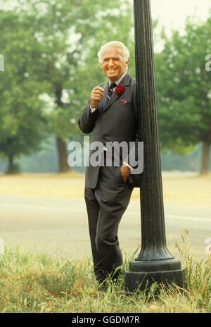 """Douglas Fairbanks Jr. Hyde Park London der 1980er Jahre """"HOMER SYKES Stockbild"""