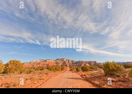 Feldweg in Sedona Arizona USA Stockbild