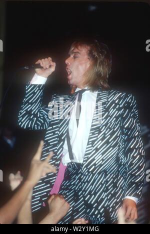 CHEP TRICK UNS rock Gruppe mit Robin Zander über 1982 im Hollywood Palladium in Los Angeles, Kalifornien. Foto: Jeffrey Mayer Stockbild