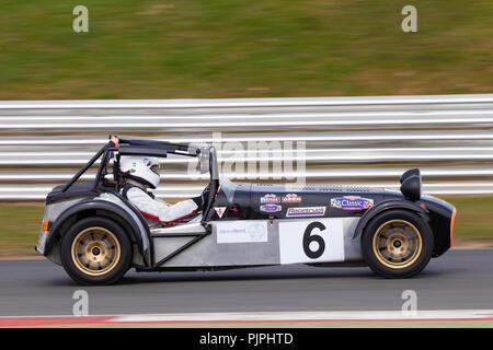 2007 Caterham Supersport, Klasse T, mit Fahrer Tim Ralph während der Gold Kunst herrliche Sevens Rennen in Snetterton, Norfolk, Großbritannien Stockbild