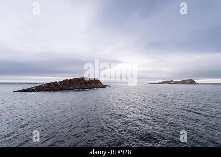 Moody Lichter über Cape Triest, Franz Josef Land Archipel, Arkhangelsk, Arktis, Rußland, Europa Stockbild