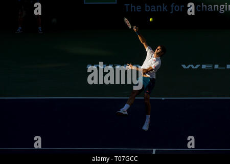 März 17, 2019: Roger Federer (SUI) in Aktion, wo er von Dominic Thiem (AUT) 6-3, 3-6, 7-5 im Finale der BNP Paribas Open in Indian Wells Tennis Garden im kalifornischen Indian Wells besiegt wurde. © Mal Taam/TennisClix/CSM Stockbild