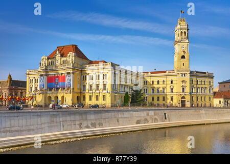 Oradea City Hall und der Uhrturm, Rumänien Stockbild
