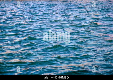 Wellen im Meer, Barcelona, Katalonien, Spanien Stockbild
