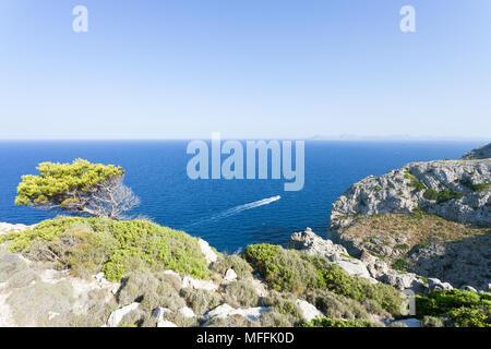 Cap de Formentor, Mallorca, Spanien - durch die wunderschöne Landschaft am Cap de Formentor beeindruckt Stockbild