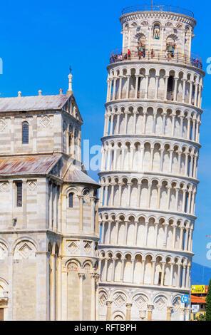 Schiefer Turm, Campo dei Miracoli, UNESCO-Weltkulturerbe, Pisa, Toskana, Italien, Europa Stockbild