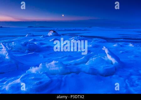 Frosty Februar morgen am Oslofjord, Larkollen in Rygge, Østfold, Norwegen. Stockbild