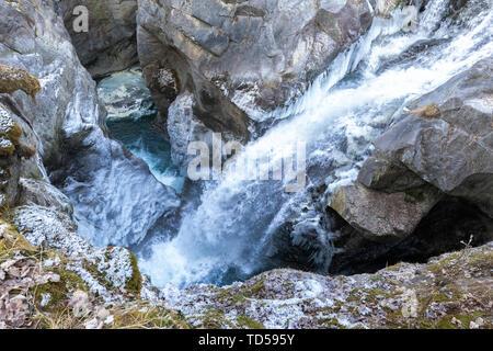 Wasserfall von Mallero Schlucht im Winter, Valmalenco, Valtellina, Lombardei, Italien, Europa Stockbild