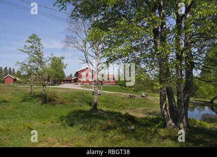 Ullevålseter Kabine in der nordmarka Wald rund um Oslo Norwegen ist ein beliebtes Ziel zum Wandern mit Speisen und Erfrischungen im Angebot drinnen oder draußen Stockbild