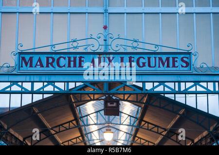 Frankreich, Region Centre, Eure et Loir Abteilung, Chartres, Markthalle Stockbild