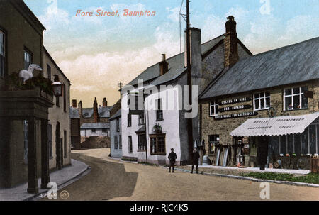 Bampton, Devon - Fore Street. Stockbild