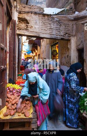 Gemüsemarkt, der Medina Fes, Marokko Stockbild